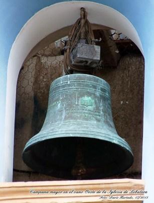 Las campanas de Lobatera. Campana mayor en el vano oeste de la iglesia de Lobatera. Foto Darío Hurtado, julio 2015. Patrimonio cultural de Venezuela.