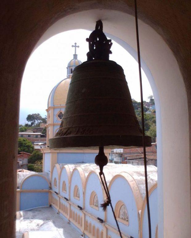 Las campanas de Lobatera. Campana menor (La Ten). Del tipo esquilonada o de esquilón