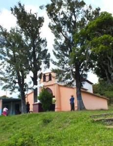 Las campanas de Lobatera. Capilla del Santo Rostro, aldea Volador, Municipio Lobatera (Foto Cosme Darío Hurtado Cárdenas, 2012). Patrimonio cultural de Venezuela.