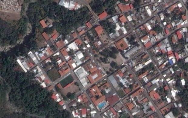 Centro histórico de la población de Lobatera (Estado Táchira) y el espacio de la Plaza Bolívar (Foto Google Earth 2014)