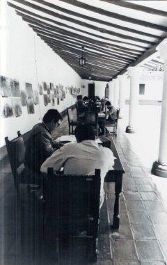 Desde su inauguración la Sala Febres Cordero se convirtió en un espacio de referencia para la investigación. Foto Colección Biblioteca Febres Cordero.