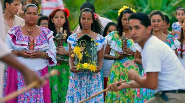 La batalla es uno de los sones principales del tamunangue y remite al periodo colonial venezolano. Foto Minci, junio de 2017.