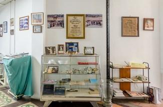 Mobiliario y colección del Museo Histórico de la Enfermería Venezolana, UCV. Foto Luis Chacín, 2018.