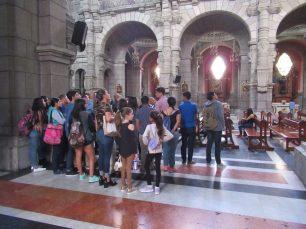 Parte del público asistente a la guiatura de la Catedral Metropolitana. Mérida-Venezuela. Foto Samuel Hurtado Camargo, octubre 20 de 2018