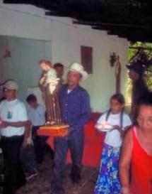 Velorio-a-San-Antonio-236x300. Municipio Arvelo Torrealba, Barinas - Venezuela. Foto IPC, circa 2007.