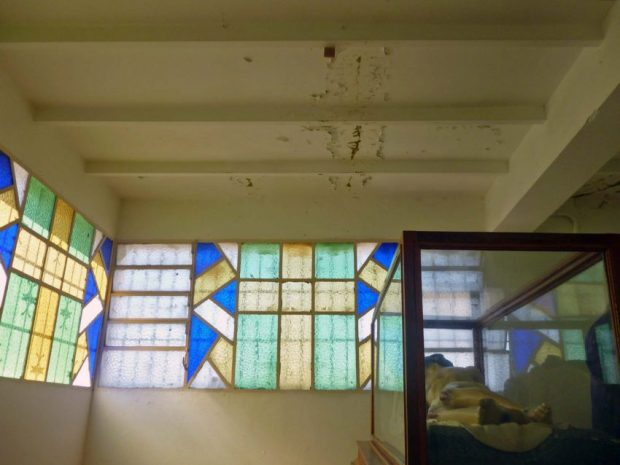 Filtraciones en el techo de la iglesia Nuestra Señora de El Espejo, Mérida-Venezuela. Foto Marinela Araque, diciembre 2018.