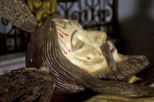 Sección lateral derecha del rostro del Santo Cristo de La Grita. Foto Abel Gerardo Rodríguez, TRT, 2013.