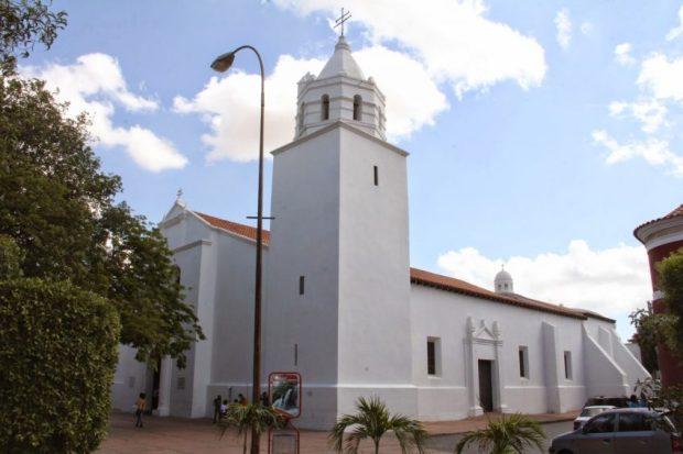 La Catedral de Santa Ana de Coro. Foto Armando Mora en el blog Arjoma