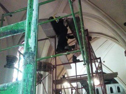 Obras de restauración en la iglesia San Rafael Arcángel de El Mojan, en el municipio Mara del Zulia. Foto alcaldía de Mara, junio 2016.