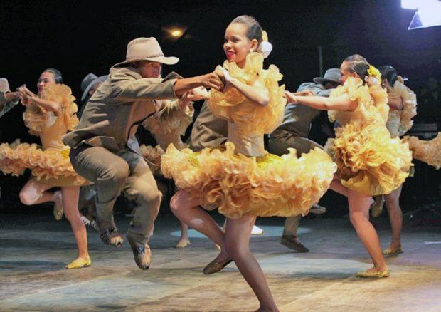 Representación del joropo llanero (Elorza). Foto archivo Correo del Orinoco, 2014.