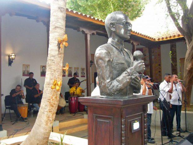 Homenaje a Ricardo Aguirre en la Casa de la Capitulación, donde se abrió el Salón de la Gaita. Foto Wilmer Villalobos, mayo 2019.