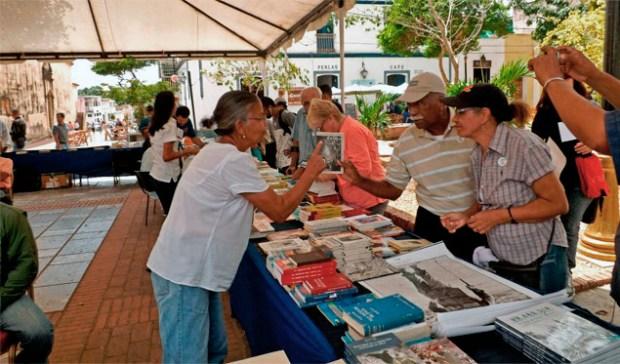 La plaza fue escenario de la 14.° edición de la Feria Internacional del Libro de Venezuela (Filven), capítulo Nueva Esparta 2019. Foto diario El Sol de Margarita, mayo 2019.