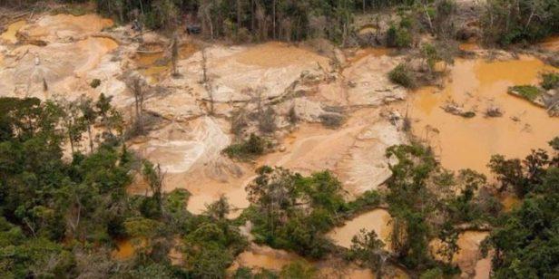 Devastación amazónica bajo el proyecto Arco Minero del Orinoco. Foto noalaminaorg