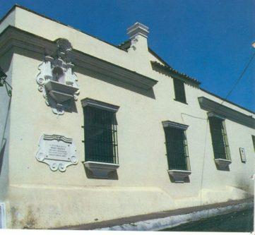 Fachada del Correo del Orinoco, con placa conmemorativa. Foto Américo Fernández.
