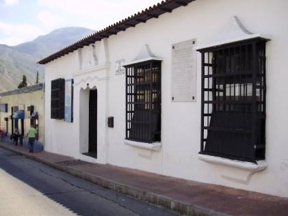Casa de la firma del decreto de Guerra a Muerte. Foto Ricardo Mendoza (MR360), en Panoramio.