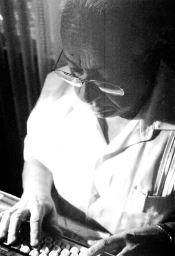 El escritor José León Tapia. Digitalización Marinela Araque.