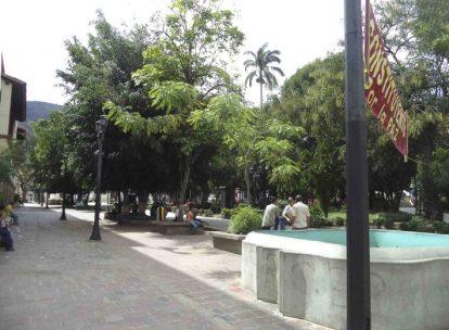Plaza Bolívar de Mérida, que data de 1559. Patrimonio histórico de Mérida, Venezuela.