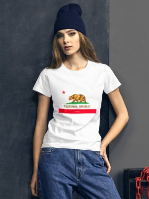 i Am California Ladies Ringspun Fashion Fit T-Shirt with Tear Away Label