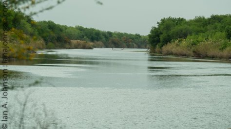 Welcome to the mighty Rio-Grande River! Mexico on one side, the U.S.A. on the other!