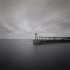 whitby_pier2_wp
