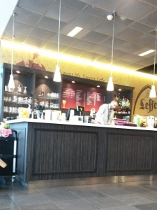 Кафе в аэропорту