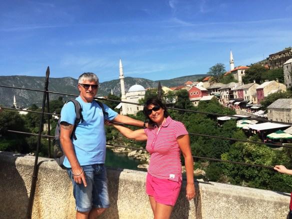 Минареты Мостара. Вид со старого моста, построенного турками-османами в 1566 году и восстановленного в 2004 году после войны 1992-1995 г.г.