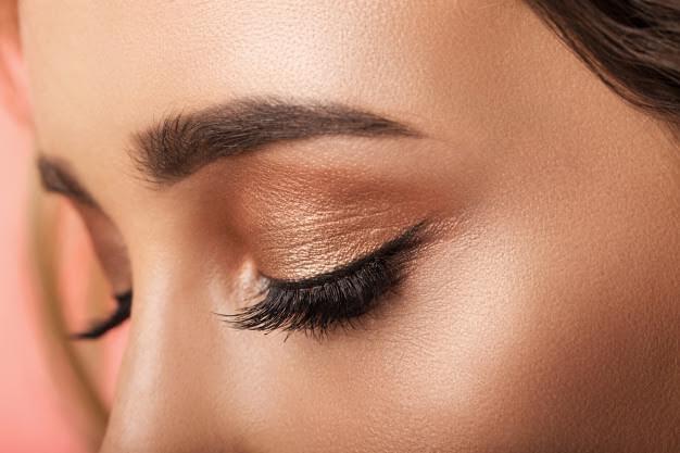 Fardul de ochi - cum îl alegi corect