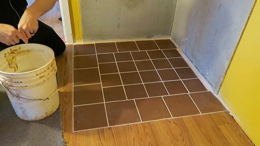 How to Apply Grout 4