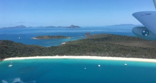 sea plane view of whitsunday islands in australia