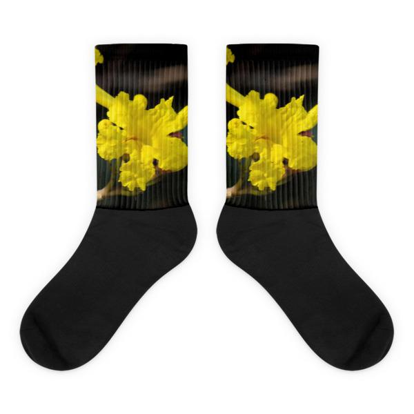 Yellow Tabibua Flower Socks