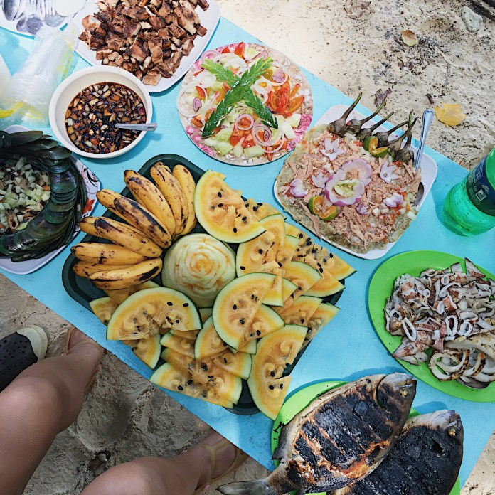 Lunch at Payong-Payong Island.