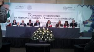 En el presidium de la inauguración del 1er Congreso Internacional del ISSSTE sobre Medicina Genómica y Enfrmedades Huérfanas