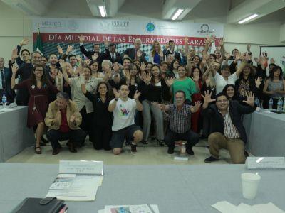 Reunión de asociaciones de pacientes con enfermedades raras, Día Mundial de las Enfermedades Raras, 2014, ISSSTE, Proyecto Pide un Deseo México, FEMEXER