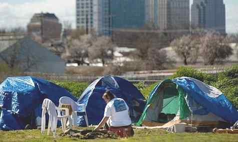 5_california_tent_city_sacram_.jpg