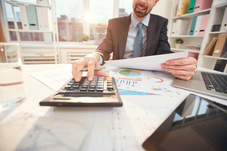 Monitor Company Expenses