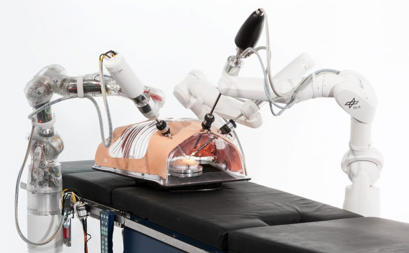 Des micro mains robotiques pour assister les chirurgiens
