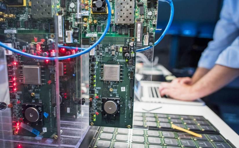 Samsung rend l'« œil numérique » plus rapide à l'aide de la puce imitant le cerveau d'IBM