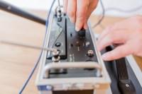 IB-Zauner Schallschutzpruefung Einstellung Regler Pruefung