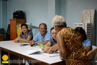 ibaan-senior-citizens-receiving-financial-assistance-as-part-of-bottom-up-budgeting-project-ibaan-batangas-2
