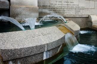 Fountain, foot of Atlantic triumphal arch