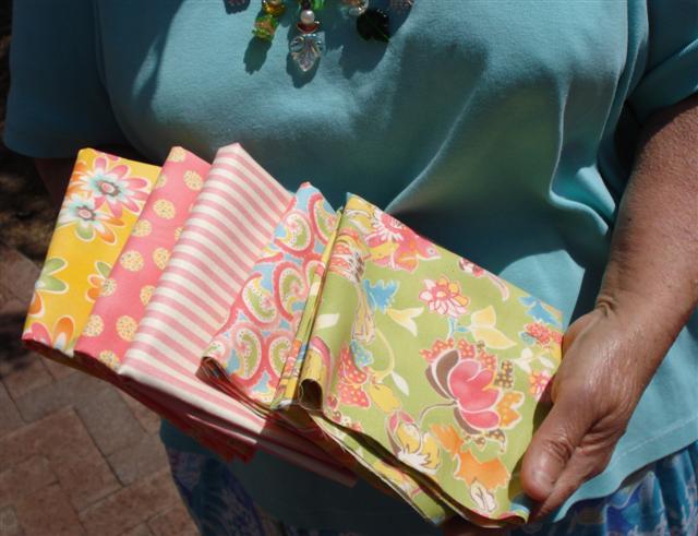 gv-mom-fabrics-small