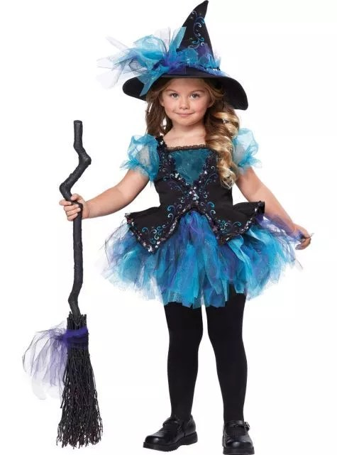 cutest witch look