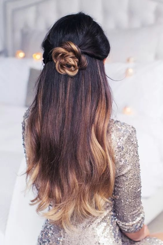 How to Do a Bow in Your Hair