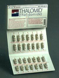 Imagen Talidomía, suministrada hasta 1963 a embarazadas durante los primeros meses de gestación, con buenos resultados, para ser más favorable las náuseas.