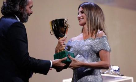 Penélope Cruz, premio a mejor actriz en Venecia