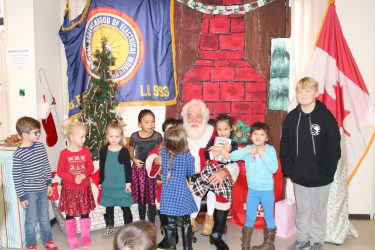 IMG_0637 Santa and the IBEW kids Kamloops