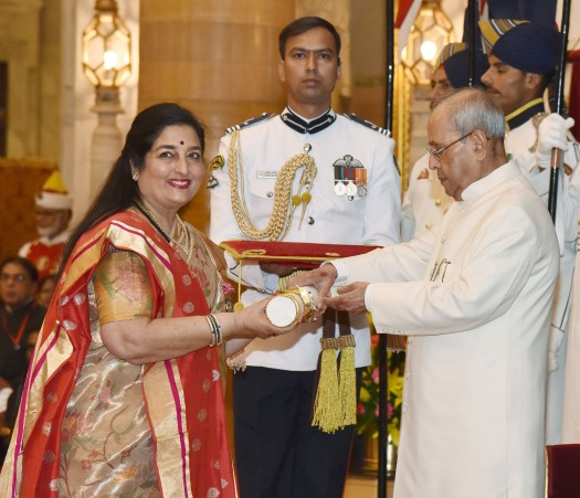Image result for anuradha paudwal with president