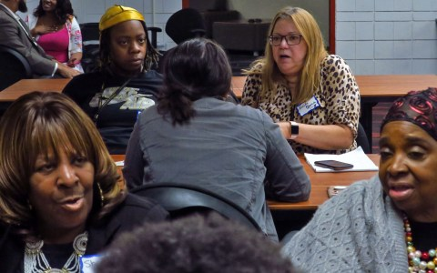 Gun violence in the news: Conversations between journalists and the community in Philadelphia