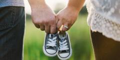 العلاقة الزوجية اثناء الحمل في الشهور الاولى هل مفيدة أم مضرة؟