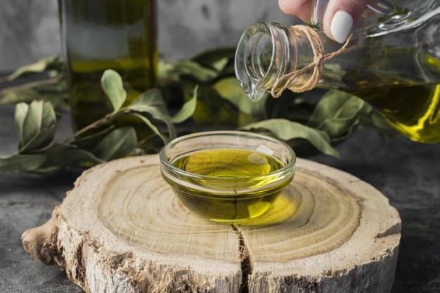 استخدامات زيت شجرة الشاي